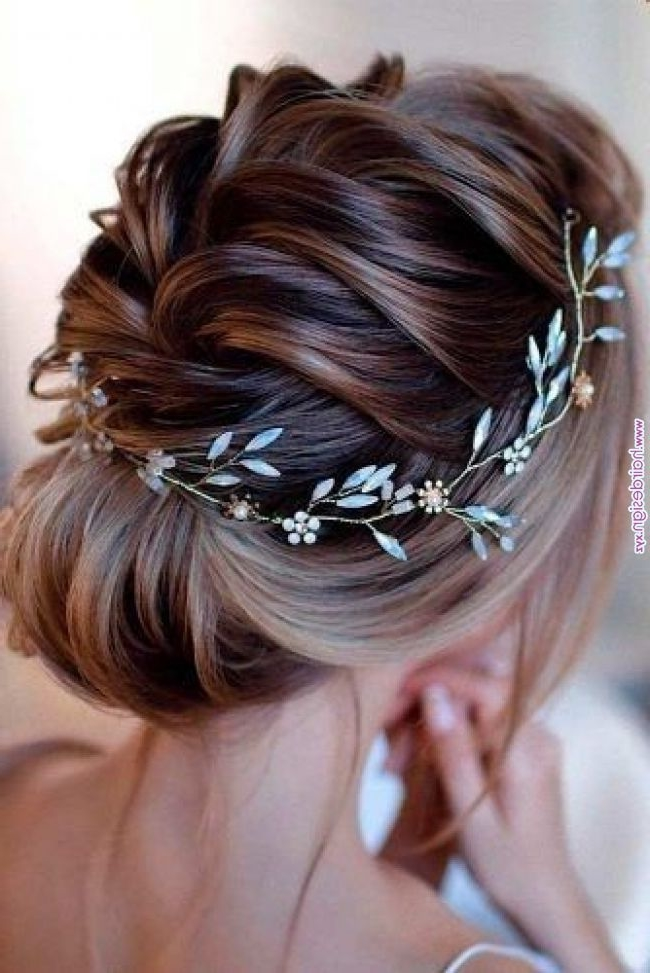 30 Stunning Wedding Hairstyles Ideas in 2019 - Short Bob Cuts