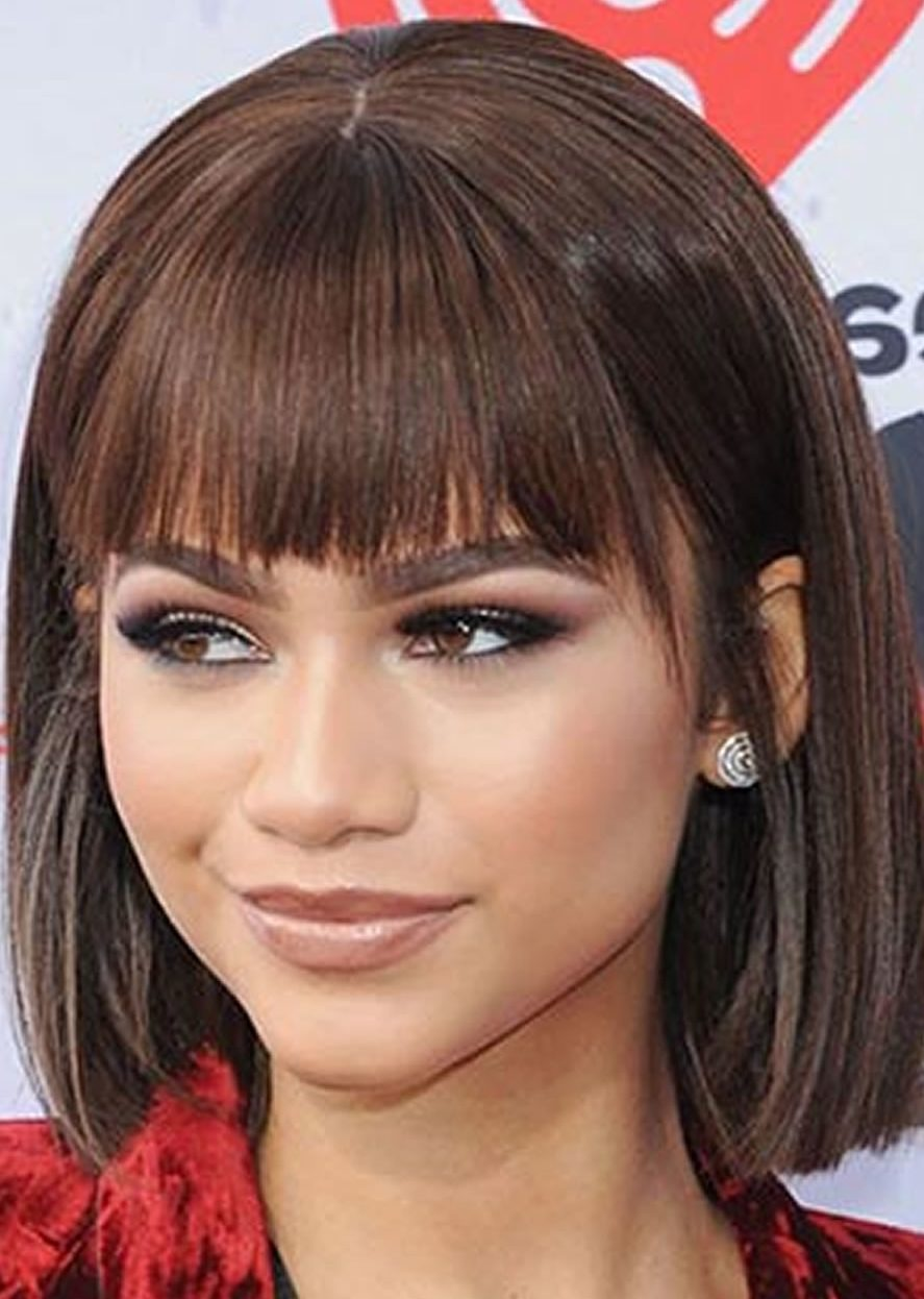 11 Perfectly Imperfect Medium Bob Haircuts for Girls and Women