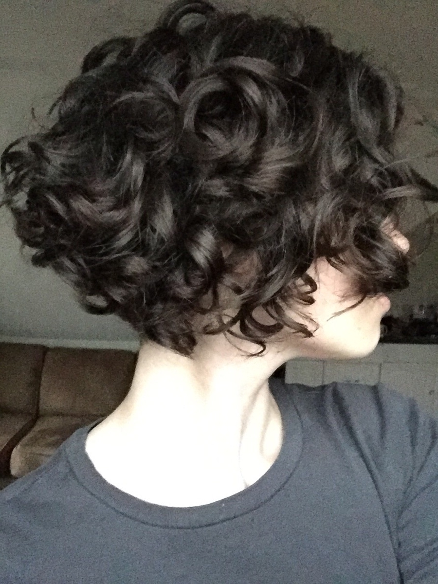 32 Short Curly Bob Haircuts That Make You Say Wow For